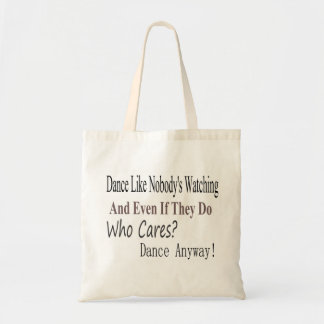 La danza tiene gusto de nadie que mira bolsas
