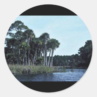 La de agua dulce de la reserva nacional del St. Pegatina Redonda