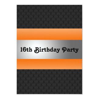 La décimosexto fiesta del cumpleaños del muchacho invitación 13,9 x 19,0 cm