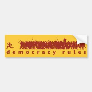 La democracia gobierna a la pegatina para el pegatina para auto