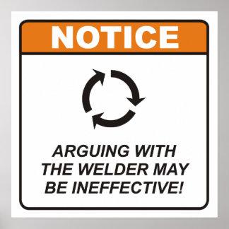 ¡La discusión con el soldador puede ser ineficaz! Poster