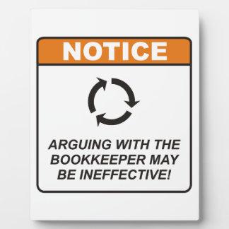 ¡La discusión con la contable puede ser ineficaz! Placas De Madera
