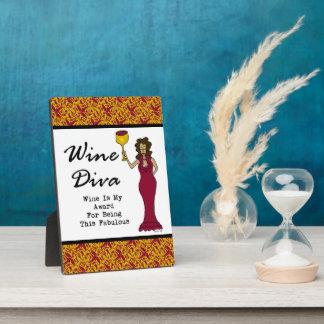 """La diva """"vino del vino es mi premio para ser fabul placas"""