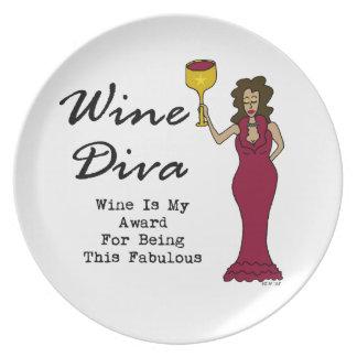 """La diva """"vino del vino es mi premio para ser fabul plato de cena"""