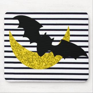 """La """"diversión acentúa"""" la luna de Halloween_Black Mousepad"""