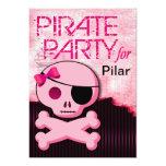 """La diversión embroma al chica del pirata - """"bebé anuncio personalizado"""
