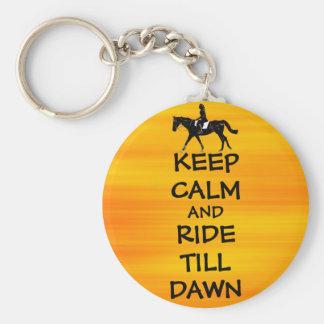 La diversión guarda calma y monta hasta caballo de llaveros