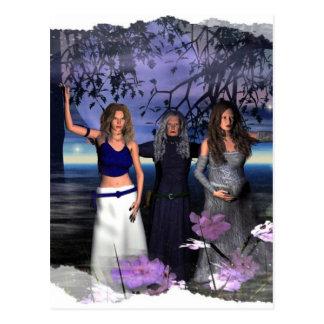 La doncella, la madre y la vieja arrugada postal