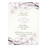 La ducha nupcial de las flores púrpuras de la magn comunicados