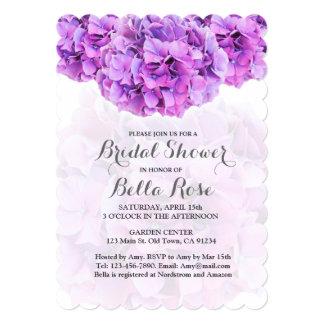La ducha nupcial del hydrangea púrpura invita a invitación 12,7 x 17,8 cm