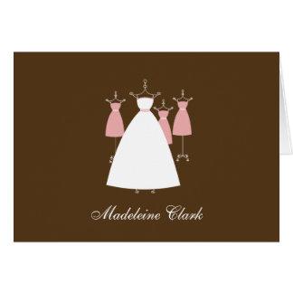 La ducha nupcial del vestido moderno le agradece c tarjetas