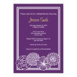 La ducha nupcial floral púrpura moderna invita anuncios personalizados