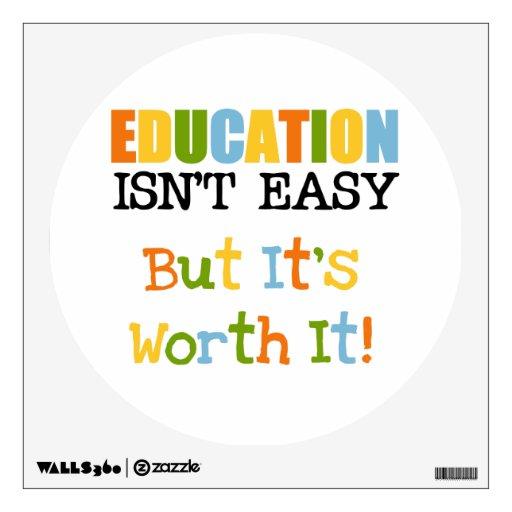 La educación lo vale