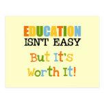 La educación lo vale tarjeta postal