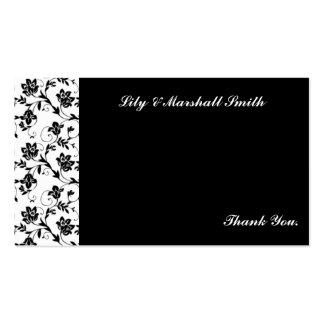 La elegancia negra le agradece cardar tarjetas de visita