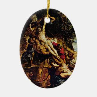 La elevación del ornamento cruzado adorno navideño ovalado de cerámica