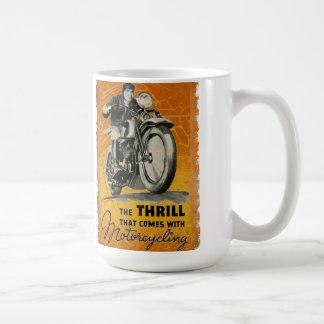 La emoción del motorismo tazas de café