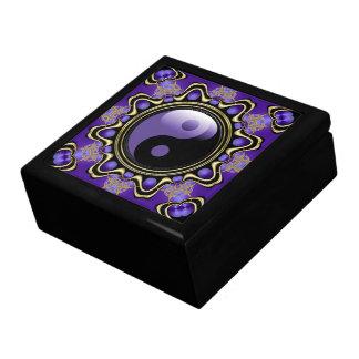 La energía púrpura Yin Yang laqueó la caja de rega Caja De Regalo