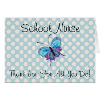 La enfermera de la escuela le agradece tarjeta del