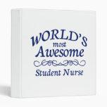 La enfermera del estudiante más impresionante del