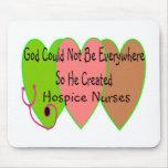 """La enfermera """"dios del hospicio no podría estar po tapete de ratones"""