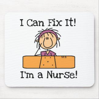 La enfermera I puede fijarlo las camisetas y los r Tapete De Ratón