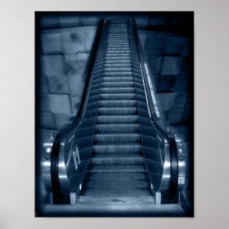 La escalera móvil póster