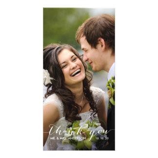 La escritura simple el | que se casa le agradece t tarjetas fotográficas