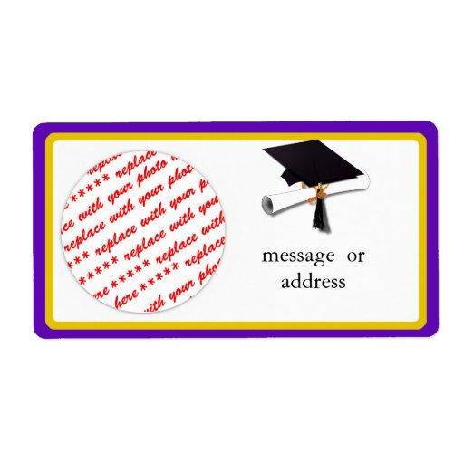 La escuela colorea púrpura y el marco de la gradua etiquetas de envío