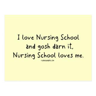 La escuela de enfermería me ama tarjeta postal