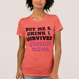 La escuela de enfermería me compra una bebida camisetas