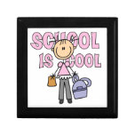 La escuela del chica es fresca cajas de recuerdo