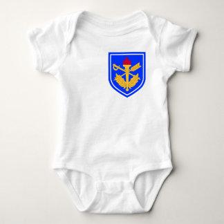 la escuela del general del fiscal militar t-shirts