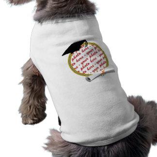La escuela del marco de la graduación colorea playera sin mangas para perro