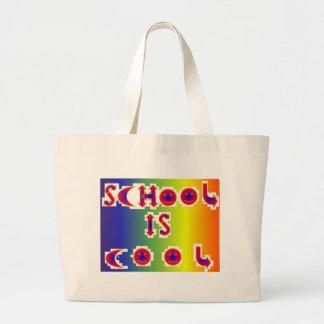 La escuela es fresca bolsa