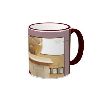 La esfera de la columna y taza roja del té del