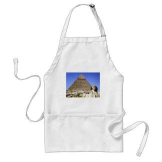 La esfinge y la pirámide delantal