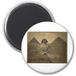 La esfinge y las pirámides en Egipto circa 1867 Imán Redondo 5 Cm