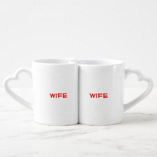 """La esposa de """"Squee"""" y los pares de la esposa asal Tazas Para Enamorados"""
