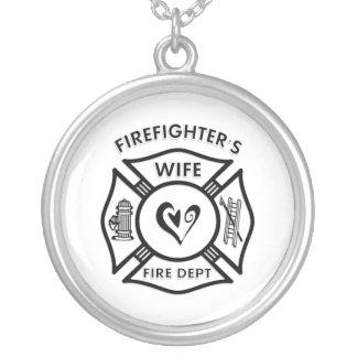 La esposa del bombero colgante redondo