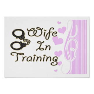 la esposa divertida en el entrenamiento esposa la  impresiones