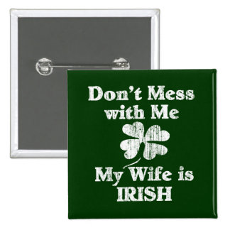 La esposa es irlandesa pin