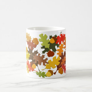 La estación del otoño de la caída deja diseño del  taza básica blanca