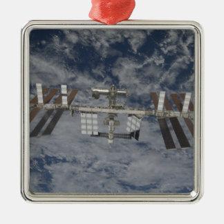 La estación espacial internacional 12 ornatos