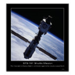 La estación espacial internacional tomada en 2000 posters