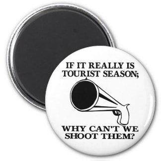 La estación turística blanca los tira imán redondo 5 cm