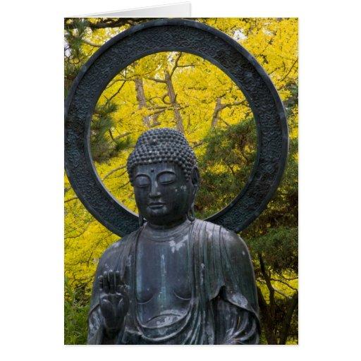 La estatua de Budda en el japonés cultiva un huert Tarjeta De Felicitación