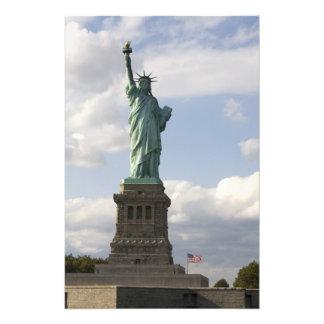 La estatua de la libertad en la isla de la liberta arte con fotos