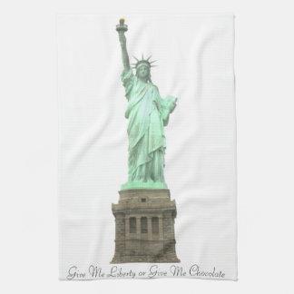 La estatua de la libertad me da la toalla del choc