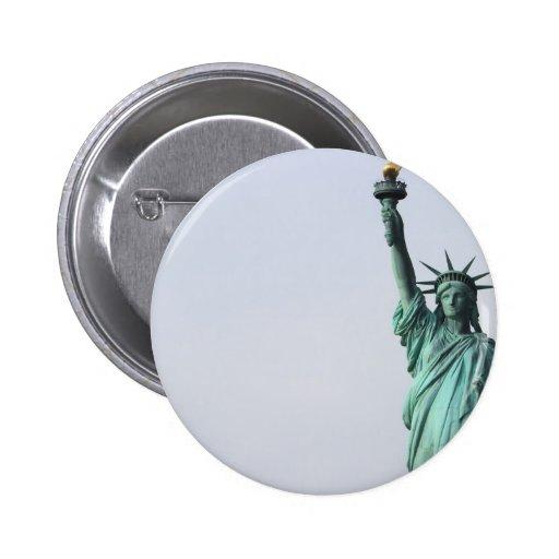 La estatua de la libertad pins